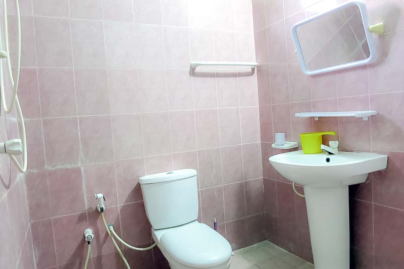 Example accommodation - private shower room