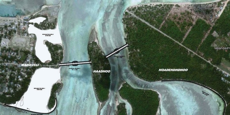 Causeway between Madaveli and Hoandedhdhoo (2011)