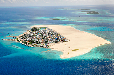 Hinnavaru, Maldives -  after land reclamation, 2010 - Royal Boskalis