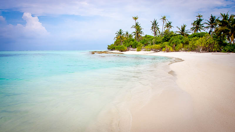 A typical Maldivian beach