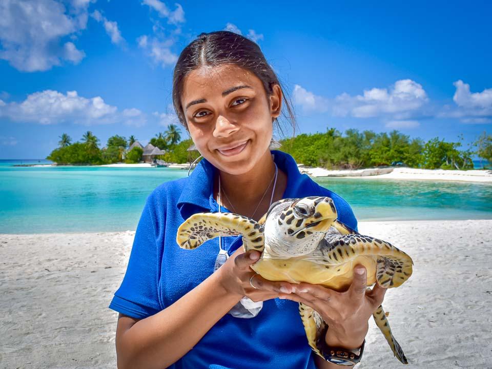 Maanee marine biologist Maldives