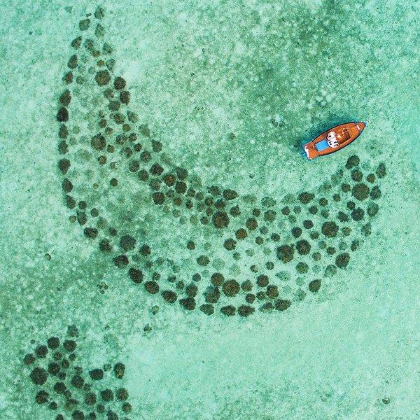 Marie Saleem & Simon Reeve - Oman to Maldives